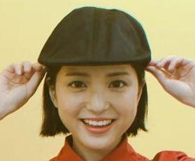 川島海荷の枕で卒業って?金髪時代や整形の件 前髪ぱっつんポニテ画像