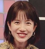 弘中綾香、川崎出身で実家の父親がやばい、大学は体育会、高校は女子高